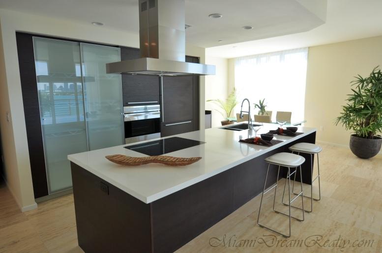 Capri South Beach Kitchen