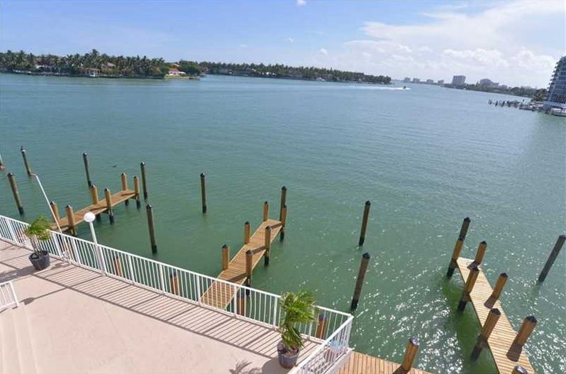 Indian Creek Club Marina 3F Miami Beach